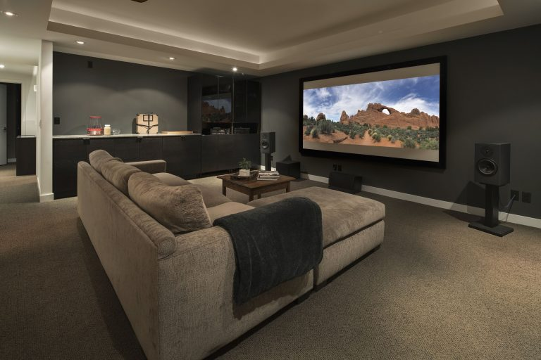 Miss the Movie Theatre? Easy Ways to Upgrade Your Home Theatre Setup