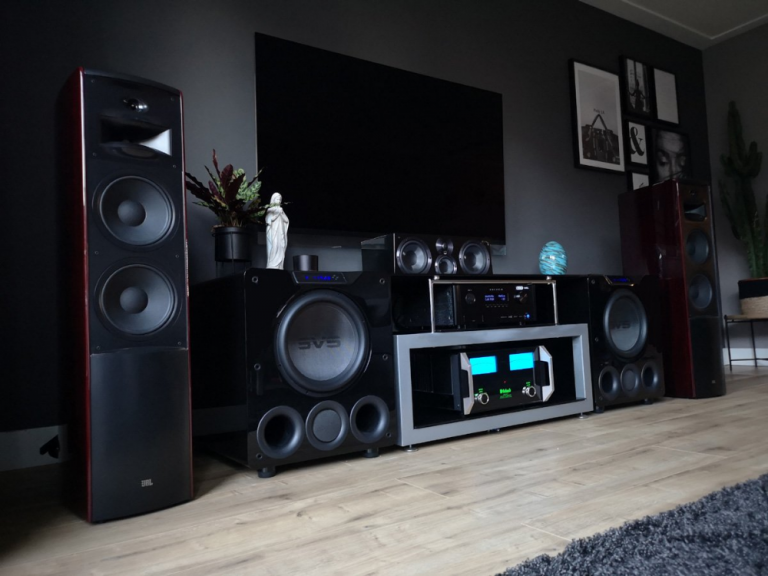 How to choose a home theatre system?