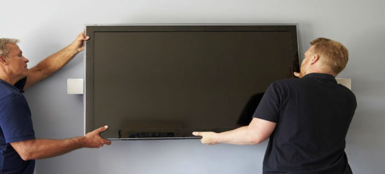 Reasons to seek expert's help for wall mounted TV installations